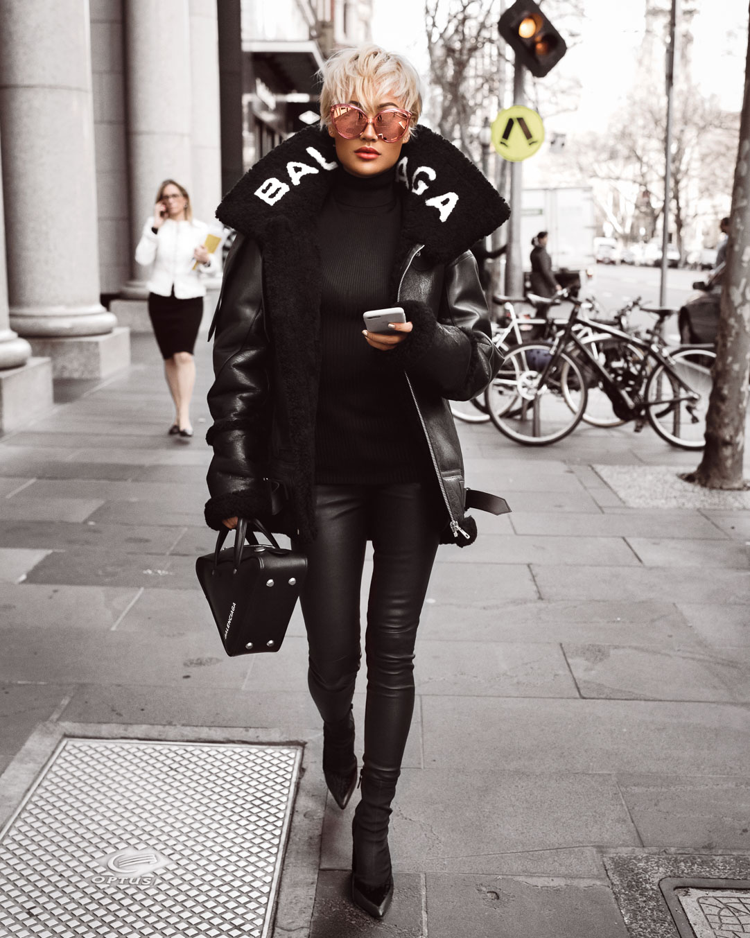 Micah-Gianneli-Influencer-Fashion-Blogger-OnPoint.photo-Onpoint-Melbourne-Australia-Vogue-Editorial-Balenciaga-Harrolds-Linda-Farrow-Luxury-Chic-Designer-Aviator-Jacket